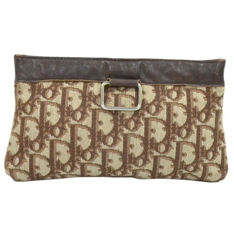 Brown canvas clutch