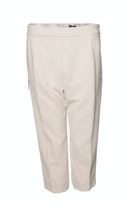 Elisabetta Franchi, Neutral/beige colored 3/4 pants with silver zippers in size IT48 /L.