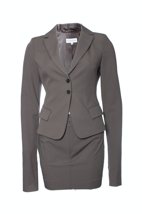 Patrizia Pepe, Grey/Brown colored suit in size IT42/S (Blazer) and IT40/XS (skirt).