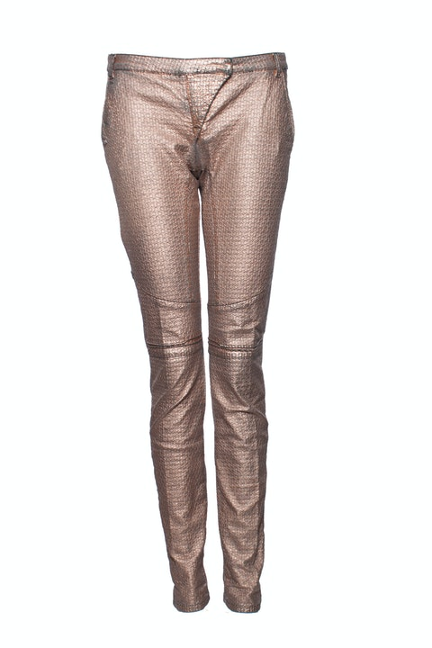 Patrizia Pepe, Metallic coated pink pants with chains on the back pockets in size 26/XS-S.