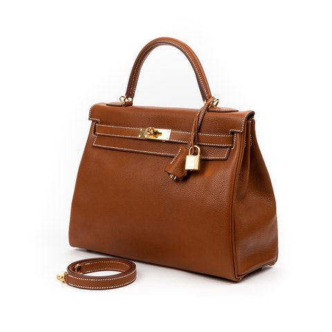 Hermes Kelly 32 in Gold Calf leather